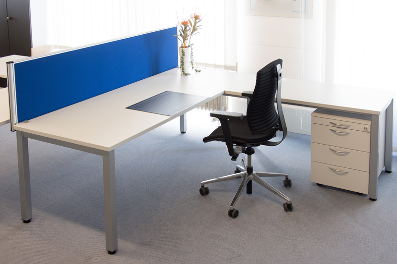 "Arbeitsplatz ""Alpha"" Dekor officegrau"